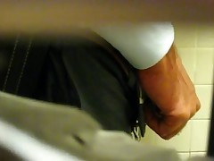 Hot guys pissing