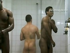 The first operator to SneakyPeek secretly filmed the team shower in the club..