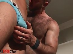 Big hairy muscle Justin King gets horny service from sports Hottie Lucas..